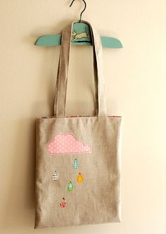 Sewing 101: Part 4: Cloudy Day Appliqué Tote Tutorial: The post also includes information about all different kinds of applique finishes.