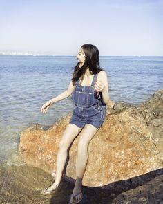 (画像7/8)新木優子、大胆肌見せのセクシーウィンクに釘付け 弾ける笑顔&美脚ショットにもきゅん