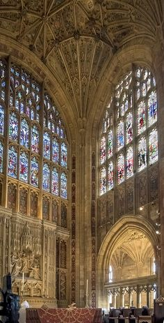 The altar of Sherborne Abbey in Dorset | by Anguskirk