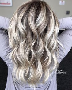 70 Devastatingly Cool Haircuts for Thin Hair Medium Length Blonde Balayage For Thin Hair Cool Blonde Hair Colour, Blonde Hair Looks, Brown Blonde Hair, Platinum Blonde Hair, Medium Ash Blonde Hair, Grey Blonde, Wavy Hair, Thin Hair Haircuts, Cool Haircuts