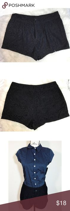 Forever 21 Lace Shorts Black Knit Crochet Sz S Forever 21 S Short Lace Shorts Black Knit Crochet Floral Summer Beach Party Sz S. Forever 21 S Short Lace Shorts Black Knit Crochet Floral Summer Beach Party Sz S Very good condition  100% cotton Note: blouse sold separately - check my listings if interested- pre-owed very good conditions Forever 21 Shorts