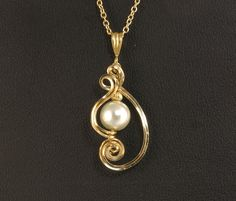 Pearl Gold Pendant Necklace White Pearl by LeesEarringBoutique