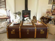 VINTAGE STEAMER TRUNK Vintage Suitcase OLD TRAVEL TRUNK ~ QUIRKY COFFEE TABLE