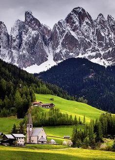 MountainVillageSwitzerland