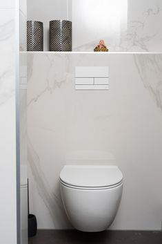 Guest Bathrooms, Small Bathroom, Bathroom Inspo, Bathroom Inspiration, 1930s House Renovation, Toilet Design, Amazing Decor, Bathroom Interior Design, Home Deco