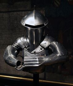File:HJRK S XIII - Jousting armour of Maximilian I.jpg created by Jörg the Younger and Lorenz Helmschmid, Augsburg, c. 1494. Currently located in the Kunsthistoriches Museum, Neue Burg, Collection of Arms and Armour. (photo by Sandstein)