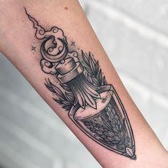 𝐋𝐨𝐳𝐳𝐲 𝐁𝐨𝐧𝐞𝐬 on Insta Rat Tattoo, Tattoo Care, Piercing Tattoo, Tattoo You, Occult Tattoo, Witchcraft Tattoos, Mini Tattoos, Leg Tattoos, Body Art Tattoos