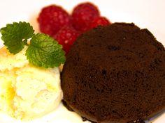 Ljummen chokladfondant med vaniljglass och färska hallon (kock Magnus - Visby)