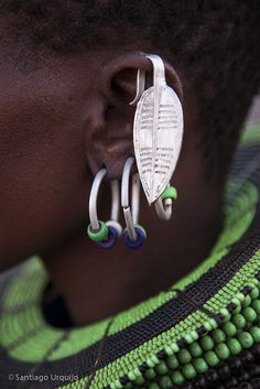 Africa by Eric Lafforgue El Molo earring details Kenya African Inspired Fashion, Africa Fashion, African Jewelry, Tribal Jewelry, Western Jewelry, Yoga Jewelry, Hippie Jewelry, Silver Jewelry, African Tribes