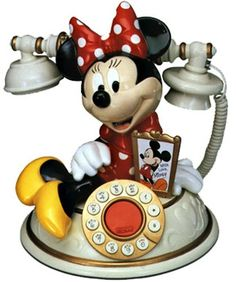 Telemania Minnie Mouse Desk Phone Kash 'n Gold Casa Disney, Disney Rooms, Vintage Phones, Vintage Telephone, Mickey Minnie Mouse, Disney Mickey, Minnie Mouse House, Antique Phone, Retro Phone