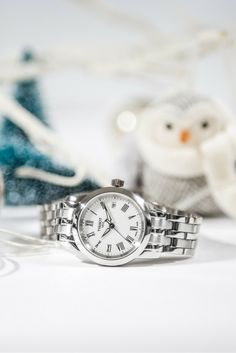 The Tissot Classic Dream models are one of the popular families across the Tissot range for both men and women. With an array of options and at an affordable price there is a model to suit everyone.