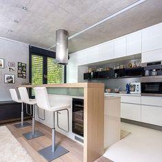 WEBSTA @ homeadore - Villa M by Atrium #homeadore #kitchen #interior #interiors #interiordesign #interiordesigns #residence #home #casa #property #villa #maison #kosice #slovakia #atrium