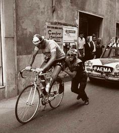 Fabbrica della Bici, Eddy Merckx después de una averia