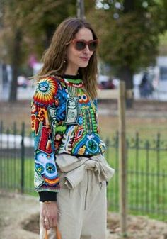 Gorgeous Street Style From Paris Fashion Week Fashion Art, Boho Fashion, Fashion Outfits, Paris Fashion, Mode Outfits, Casual Outfits, Fashion Corner, Mexican Style, Mexican Fashion Style