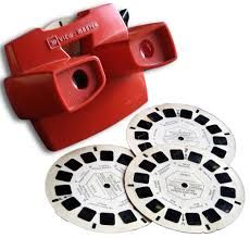 A View-Master and its thin cardboard disks contained seven stereoscopic pairs of small color photographs on film. The View-Master was introduced in four years after the advent of Kodachrome color film. My Childhood Memories, Childhood Toys, Sweet Memories, 1970s Childhood, Retro Toys, Vintage Toys, Antique Toys, 1960s Toys, 1980s