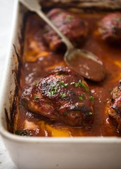 A magic oven baked barbecue chicken that makes its own homemade barbecue sauce! Tender chicken smothered in a classic sticky BBQ sauce, just 5 minutes prep!