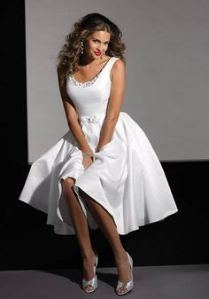 Short White Plus Size Wedding Dress for Mature Bride