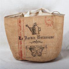 Burlap Garden Bag---would make a cute purse!