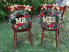 Plan ahead for your Christmas wedding #etsy shop: Mr Mrs Wedding Chair Signs,Wreaths,Winter Wedding,Christmas Wedding,Wedding signs,Mr Mrs chair,mr mrs cake topper,mr mrs gifts,memorial sign #green #wedding #christmas #white #rustic #mrmrschairsigns #weddingchairsigns #weddingsigns #mrmrsgift Wedding Chair Signs, Wedding Chairs, Card Box Wedding, Wedding Ideas, Wedding Rustic, Wedding Decor, Wedding Photos, Christmas Wedding Themes, Mr Mrs Cake Toppers
