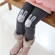 Cute, diy, bunny knees for leggings or tights. Great way to cover dirty or worn out knees on old leggings.