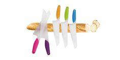 COLTELLO PANE e/o INSALATA - BRANDANI GIFT GROUP  Pratico e leggerissimo coltello con lama in polipropilene adatto per tagliare il pane e l'insalata, l'impugnatura è realizzata in diversi colori:  ROSA, LILLA, VERDE, ARANCIONE, AZZURRO  Lunghezza: 30cm