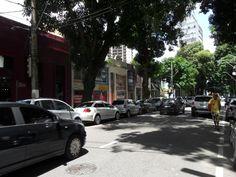 Brás de Aguiar, tradicional avenida do bairro de Nazaré - Belém (PA) - SkyscraperCity