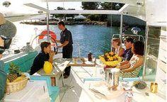 déjeuner agréable à bord du voilier Padishah - Atoll 43 Dufour - Pour vos croisières avec ou sans skipper depuis l'île des Embiez dans le Var - Provence- Méditerranée - Vacances - balades en mer | www.my-sail.net |