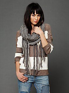Yes! This is what I was imagining in my mind. Now to make it a reality.     Loop Knit Fringe Scarf in Chunky-Scarves