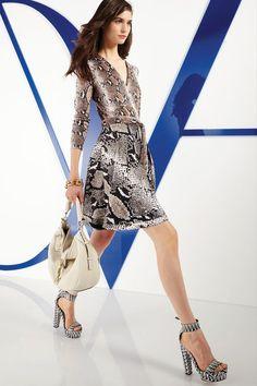 Diane von Furstenberg Resort 2014 - Runway Photos - Fashion Week - Runway, Fashion Shows and Collections - Vogue Diane Von Furstenberg, Amelia, New York, Models, Fashion Show, Runway Fashion, Fashion Tape, Fashion 2015, High Fashion