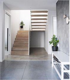 Home Stairs Design, House Design, Concrete Stairs, Modern Staircase, House Inside, House Stairs, House Entrance, Modern House Plans, Interior Design