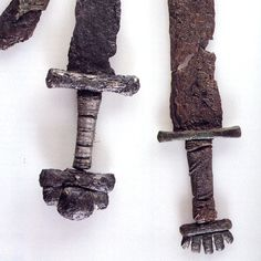 viking sword finds | Pommels of Viking swords. Swords were expensive weapons and often only ...