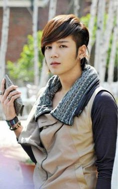 The fashionable 'go minam' -Jang Keun Suk as Seo Joon (Love Rain) #dramastyle #JKS