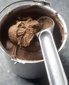 Nutella Thermomix Ice Cream for 6 – Recipes Elle à Table Source by meldreo Sorbet Ice Cream, Vegan Ice Cream, Desserts With Biscuits, No Cook Desserts, Cooking Chef, Cooking Recipes, Healthy Recipes, Dessert Thermomix, Sorbets