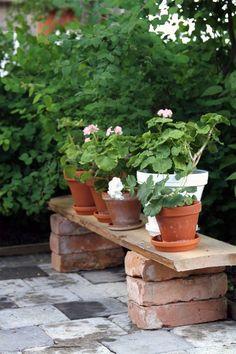 small garden decor Excellent DIY garden decorations with natural stone Backyard Patio, Backyard Landscaping, Backyard Plants, Modern Landscaping, Backyard Seating, Diy Patio, Backyard Ideas, Backyard Garden Landscape, Outdoor Plants