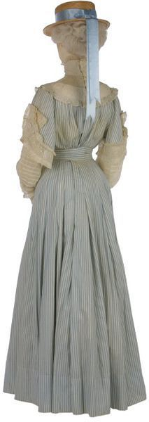 Printed Cotton Summer Day Dress(back view) - c 1905 - reminds me of Amelia's school dress !