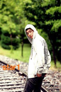 Kim Hyun Joong   김현중   SS501   D.O.B 6/6/1986 (Gemini)