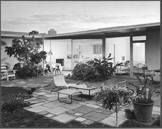 Davidson House, Los Angeles Calif. - photo by Julius Shulman