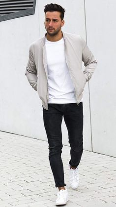 5 Outfits You Need To Look Totally Dapper This Winter - Men's fashion - . - Mode masculine, formes de style et astuces vestimentaires Mens Fashion Blog, Fashion Ideas, Fashion Styles, Mens Fashion 2018, Fashion Trends, Fashion Apps, Fashion Inspiration, Fashion Basics, Fashion Guide