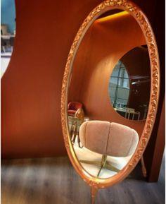 Mais um dia de #Export #Home na #Exponor. Venha conhecer o espelho Bella e a poltrona Scott no Hall 2, Stand C21. Another day at #Export #Home, #Exponor. Come and discover Bella mirror and Scott armchair at Hall 2, Stand C21. #poltrona #cadeira #espelho #interiores #porto #evento #mobiliário #iluminação #decoração #móveis #casa #oporto #fair #design #armchair #mirror #swivelchair #decor #lighting #designevent #exquisitefurniture #home