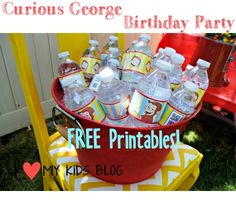 DIY Curious George Birthday Party on a budget Plus LOTS of Free Printable's! Curious George Party, Curious George Birthday, Second Birthday Ideas, Third Birthday, Birthday Fun, King Birthday, Lincoln Birthday, Monkey Birthday Parties, Little Mac