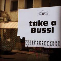 Wer ein Bussi mitnehmen möchte der muss nach Straubing reisen. Abzuholen bei @mein_herzblut_design #Straubing #Bussi #Kuss #takeaway #meinherzblut
