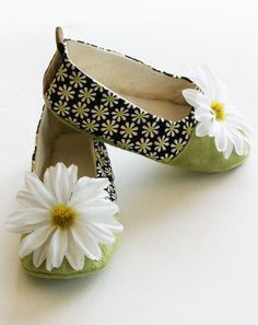 Baby & Toddler Shoes, Couture Ballet Flats, Spring Daisy print, Chartreuse and Brown with Flower - Baby Souls Baby Shoes