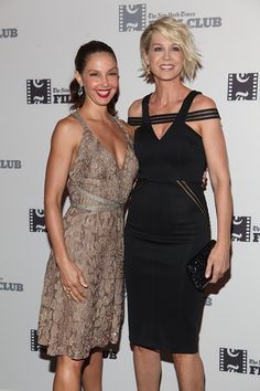 Ashley Judd and Jenna Elfman attend the 'Big Stone Gap' New York Screening at Sunshine Landmark on September 24 2015 in New York City Big Stone Gap, Jenna Elfman, Haircuts, Hairstyles, Ashley Judd, Cloths, Diva, Short Hair Styles, Sunshine
