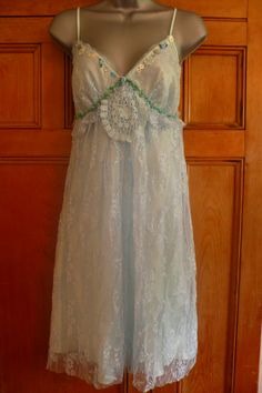 Handmade vintage cream lace slip dress upcycled by velvetruby Upcycled Vintage, Vintage Slip, Altered Couture, Lace Slip, Slip Dresses, Formal Dresses, Woodland Wedding, Refashion, Dress Skirt