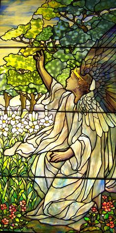 Smith Museum of Stained Glass Angel 4