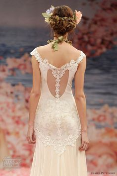 exquisite wedding dress with lace-reveal in back