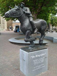 de Ringrijder, beeldje dicht bij de Abdij - Middelburg