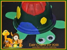 Turtle Crafts for Kids - Recycled Fruit Cups turned into Cute Turtles!-Easy crafts for kids