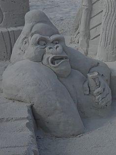 Gorilla sand sculpture - Siesta key - Florida by Cycling the world, via Flickr