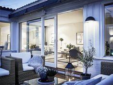 Pergola Attached To House Roof Pergola Carport, Cheap Pergola, Backyard Pergola, Pergola Shade, Pergola Kits, Pergola Ideas, Patio Roof, Patio Ideas, Outdoor Balcony